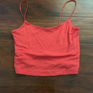 Light red cropped tank